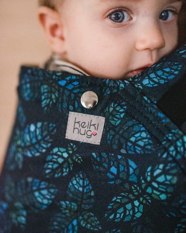 Nosidło z regulowanym panelem Keiki Hug – Newborn Leaves